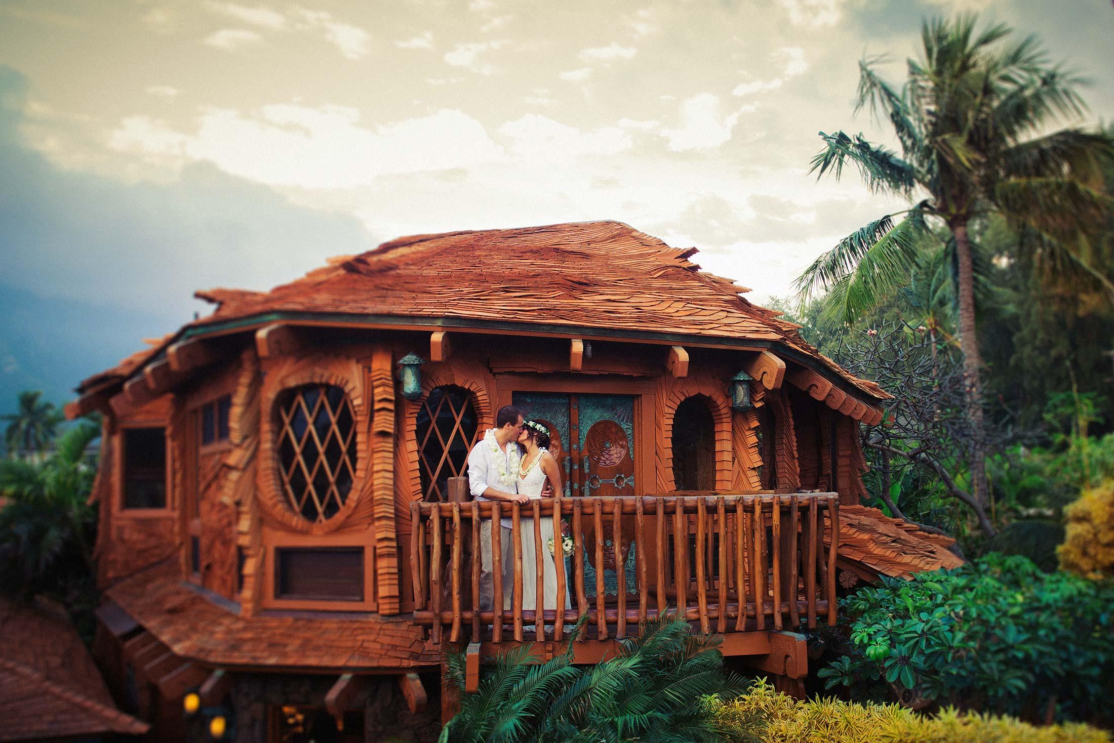 The Travel Speak Top Resorts In Hawaii Hobbit House
